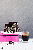 Quick super chocolate loaf cake 'To Go'