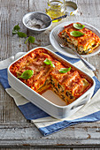 Cannelloni with tomato ragout