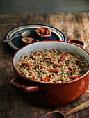 Spanish rice with sea urchins and black pudding