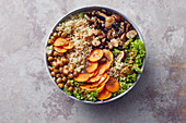 A veggie bowl with miso, quinoa and aubergines