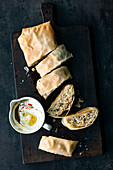 Pointed cabbage strudel with Greek yoghurt