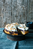 Blueberry and vanilla cake with a meringue topping