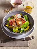 Autumn salad with mozzarella and Black Forrest ham