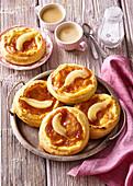 Cakes with custard and pear jam
