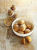 Cinnamon and ginger cookies