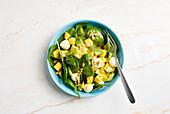 Mango-Avocado-Salat mit Spinat (zuckerfrei)