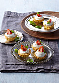 Tartlets with cheese filling