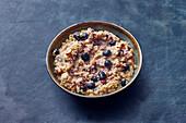 Millet porridge with cinnamon and nuts (vegan)