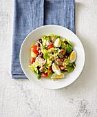 Niscoise salad with almonds