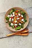 Lentil salad with dandelion and goat cheese