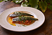 Mackerel in tomato sauce - Step by step