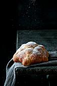 Traditional mexican bread of the dead pan de muerto
