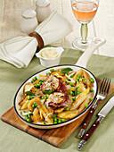 Spargel-Gröstl mit Schweinefilet und Parmaschinken