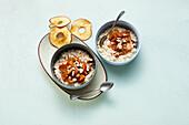 Apple and cinnamon porridge