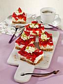 Strawberry mascarpone cake with a salted pretzel base