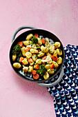 Quick gnocchi and vegetable dish
