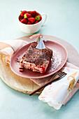 Tiramisu with rusk, quark and strawberries (sugar-free)