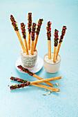 Colourful crispy sticks (sugar-free)