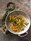 Vegetable zoodles in Thai curry sauce