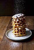 Vanilla wafers with icing sugar