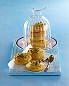 Pistachio biscuits with vanilla
