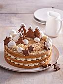 Cinnamon cake with sweet chestnut cream