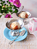 Vegan oat-and-almond ice cream with rose hip pulp