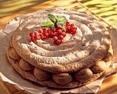 Almond cream macaroon