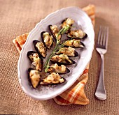 Fried mussels with fennel and caraway