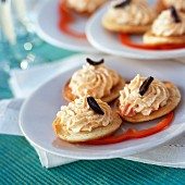 Blinis with pepper cream
