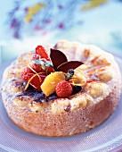 Sponge cake with fresh fruit