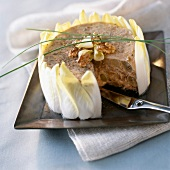 Chicory cake with honey and walnuts
