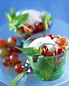 Chilled grapes with vanilla ice cream