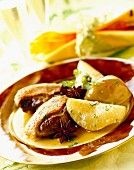 Goose with apples and pears
