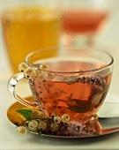 Whitecurrant and thyme herbal tea