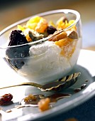 Faisselle cheese with dried fruit
