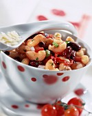Chifferi pasta with red kidney beans and tomatoes
