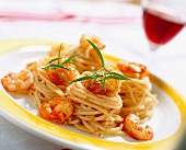 Pasta with taramasalata and sautéed prawns