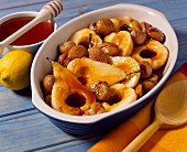 Pears and chestnuts with honey