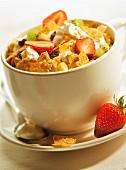 Muesli, yoghurt and fruit