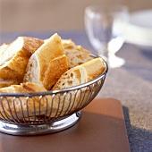 baguette bread basket