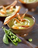 creamed pea, lettuce and ham soup