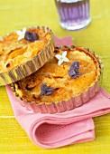 taste of flowers: individual apricot tarts