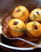 Rosemary baked apples