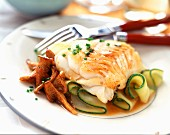 Fillet of cod with Chanterelle mushrooms and courgettes