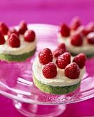 Strawberry, cream and pistachio delight