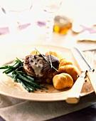 Tenderloin fillet steak with pepper and apple sauce