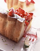 Fromage frais cake with strawberries and lime