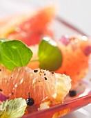 Grapefruit, purslance and black pepper salad