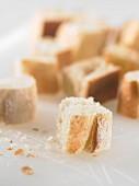 Cubes of bread for fondue (topic : fondues)